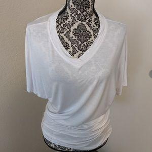 Tops - V-neck Short-sleeved Dolman Top